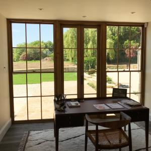 Oak Screen With Oak Sliding Sash Windows