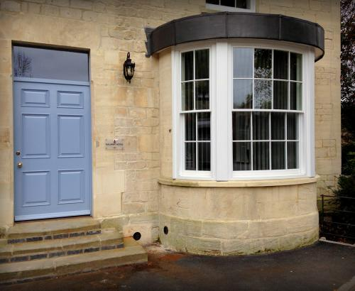 curved sliding sash window